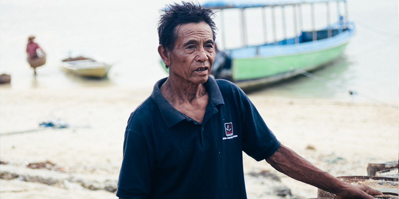 Balinese-Seaweed-Farmer_800x400